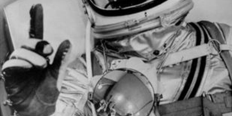 Efsane astronot hayatını kaybetti