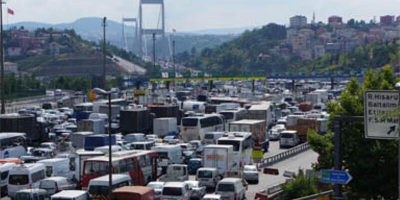 İstanbullular yollara döküldü
