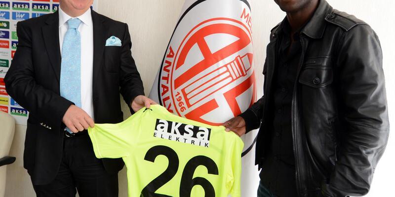 Lamine Diarra'nın sözleşmesi uzatıldı