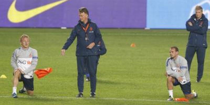 Sneijder ve Kuyt'a milli görev
