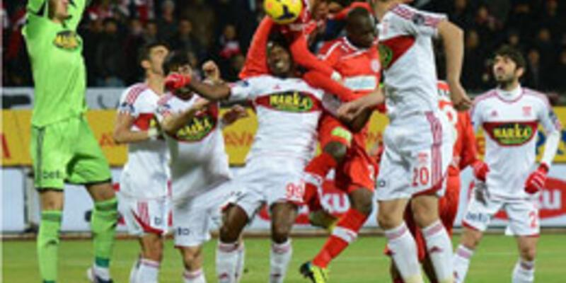 Sivasspor - MP Antalyaspor: 0-3