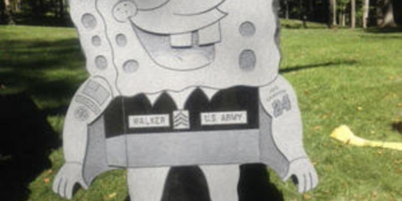 Mezarlıkta SüngerBob anıtı!