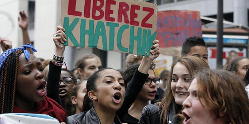 Fransa'da liselilerin eylemleri sürüyor