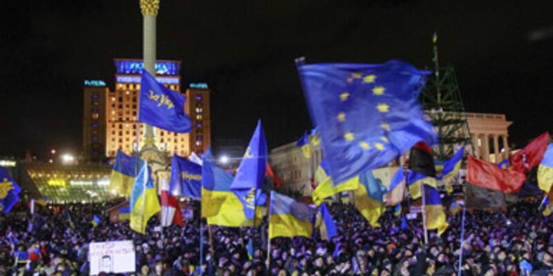 """Ukrayna Başbakanı: """"Darbenin bütün işaretlerini görüyorum"""""""