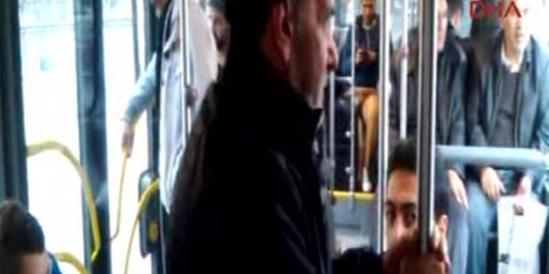 """Metrobüste """"yer verme"""" eylemi yaptılar"""
