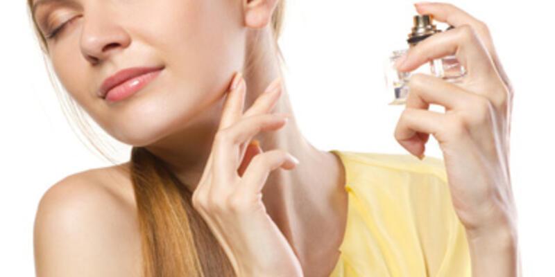 Ucuz parfüm alerji ve lekelenme nedeni