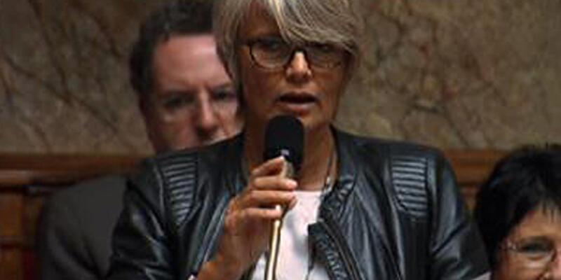 """Fransa Meclisi'nde """"gıdaklama"""" skandalı"""