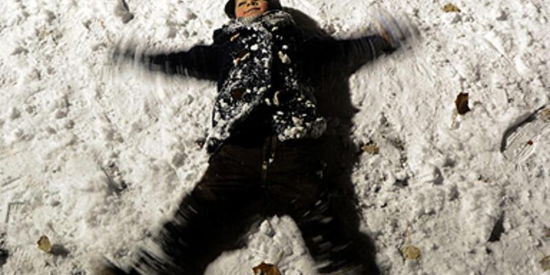 Kar Ankara'yı beyaza boyandı