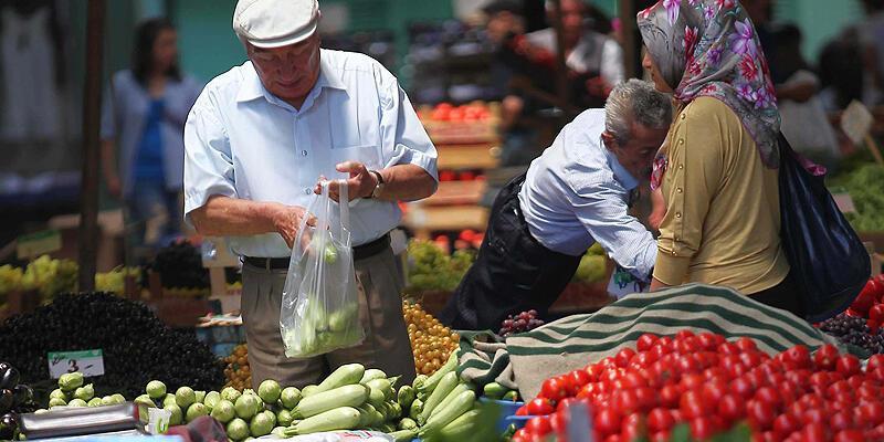 Türk-İş: Açlık sınırı bin 158 lira