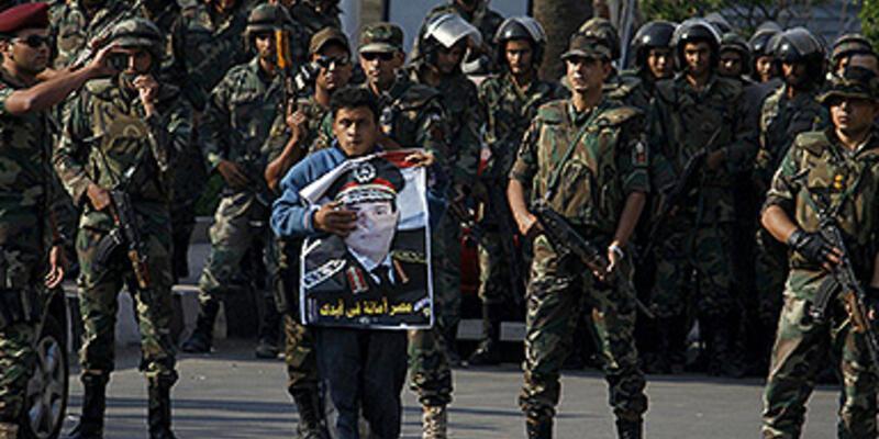 Kahire'de darbe karşıtı bir öğrenci öldürüldü