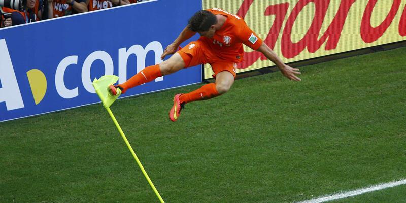 Hollanda basını Huntelaar'ı göklere çıkardı