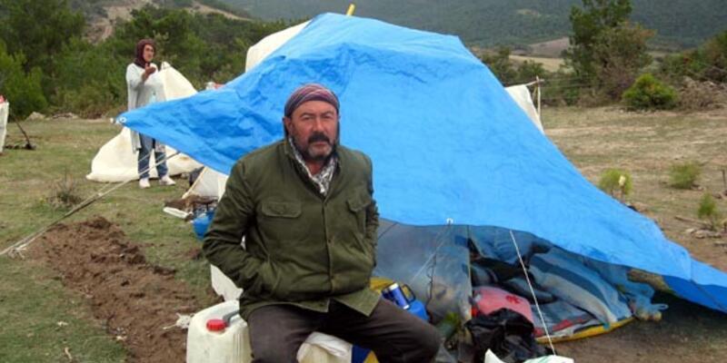 Hastanelik olan köylü açlık grevine kaldığı yerden devam