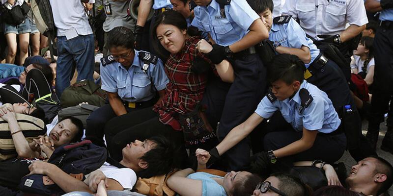 Hong Kong'da 511 kişi gözaltına alındı