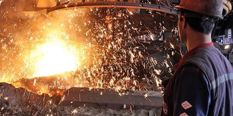 Ağustosta sanayi üretimi azaldı