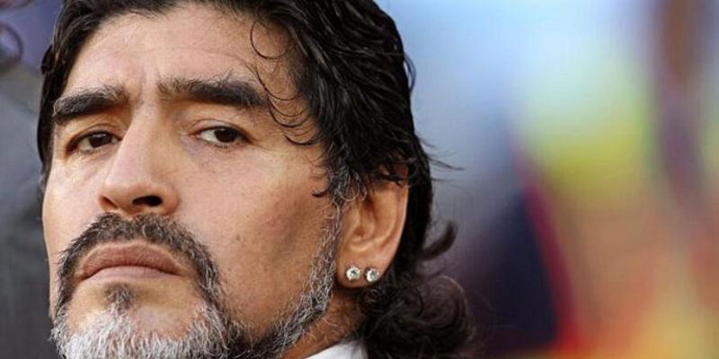 FIFA Maradona'nın akreditasyonunu feshetti