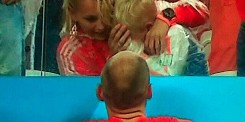 Robben'in oğlu Luka'nın gözyaşları