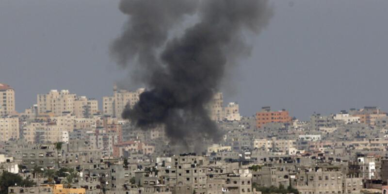 İsrail camiyi hedef aldı