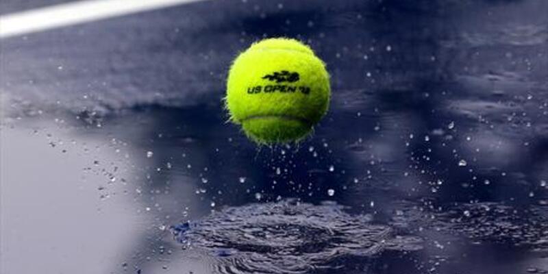 Ünlü romen tenisçi , Kemer'de tatil yapıyor