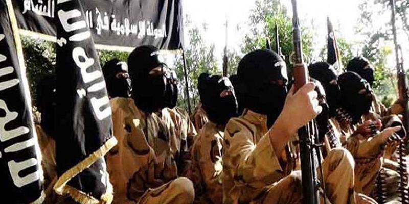 IŞİD'den Arap aşiretine katliam: 700 ölü