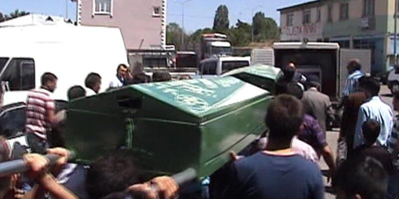 Erzurum'da duvarın altında kalan 2 çocuk öldü