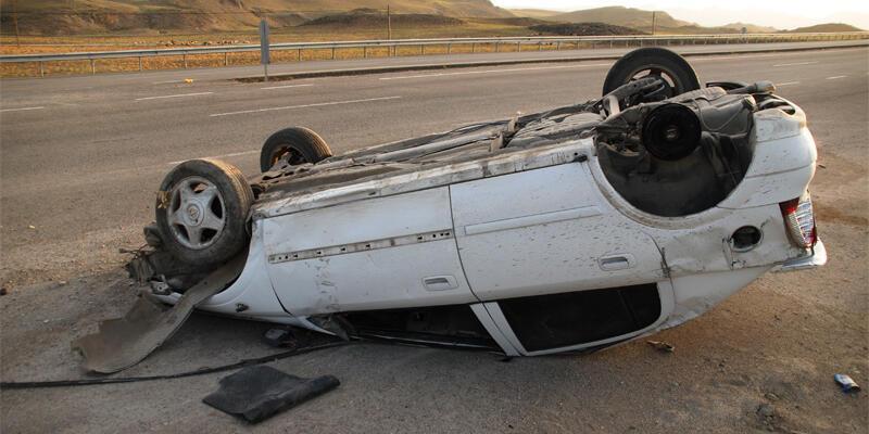 Oy kullanmaya giderken kaza yaptılar: 6 yaralı