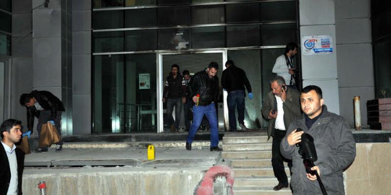 Hakkari'de rektörlük binasına saldırı