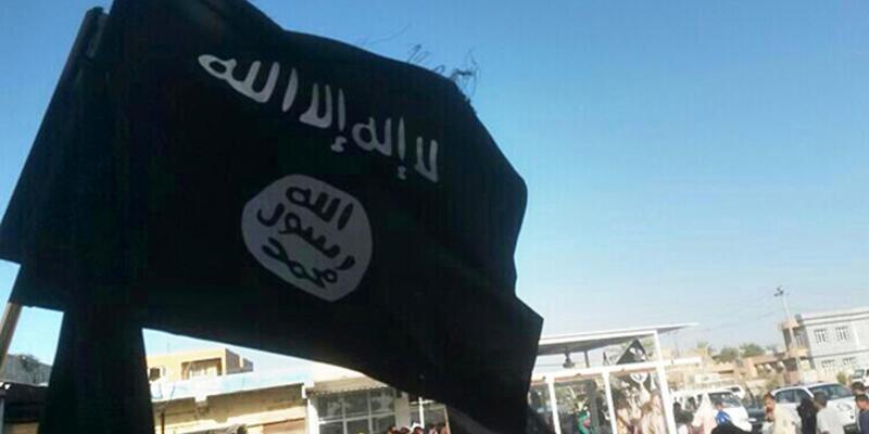 IŞİD bir erkeği taşlayarak öldürdü!