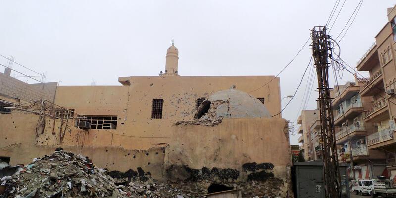 Deyru'z Zor'da IŞİD'ten toplu infaz