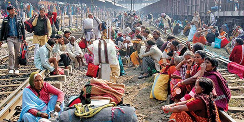 Hindistan'da tapınakta izdiham: 10 ölü