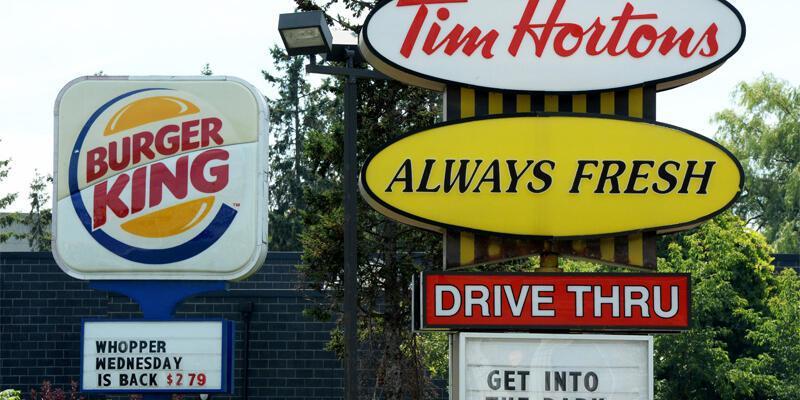 Burger King Kanadalı Tim Hortons'ı aldı
