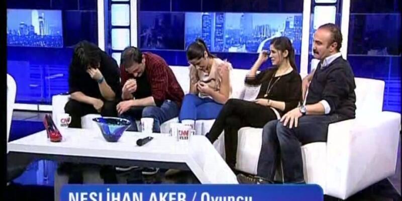 Leyla ile Mecnun ekibi gözyaşlarına boğuldu