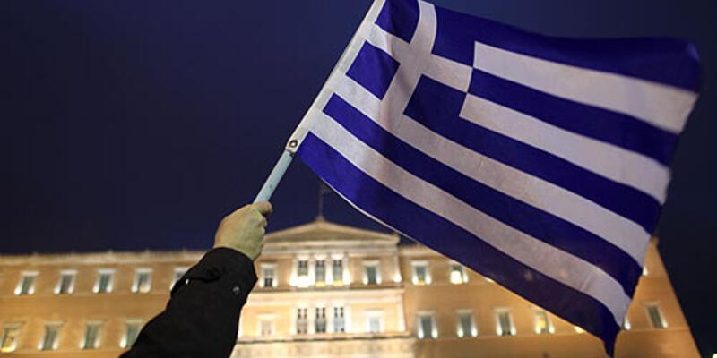 Yunanistan'da ikinci borç anlaşması onaylandı