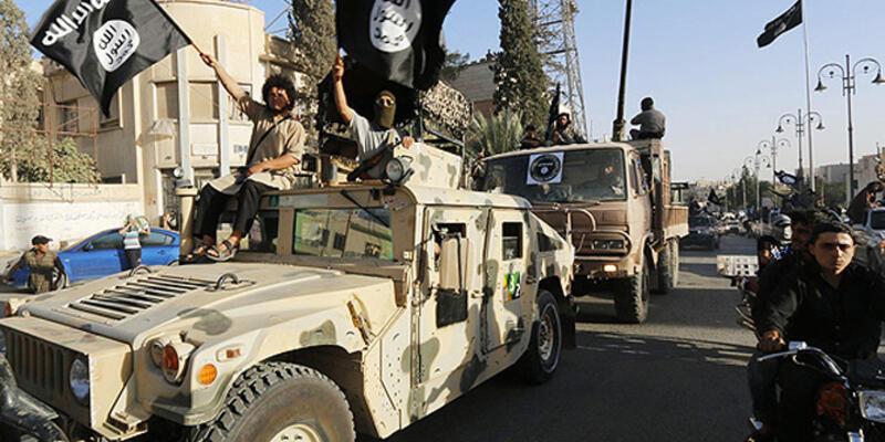ABD'ye IŞİD'e yardım suçlaması