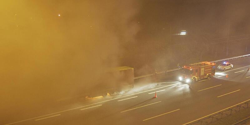 TEM'de korkutan araç yangını