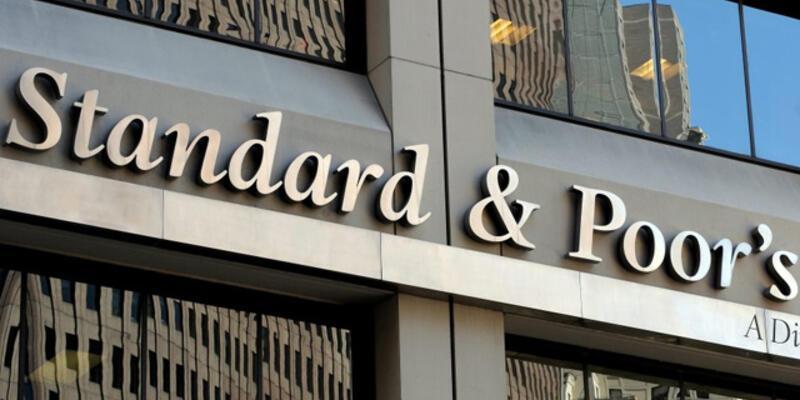 S&P, Rusya'nın kredi notunu negatif izlemeye aldı