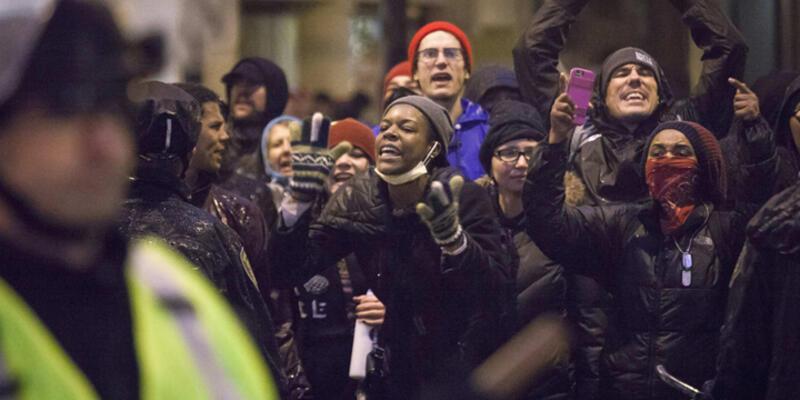 ABD'de Ferguson tepkisi mağazalara yöneldi