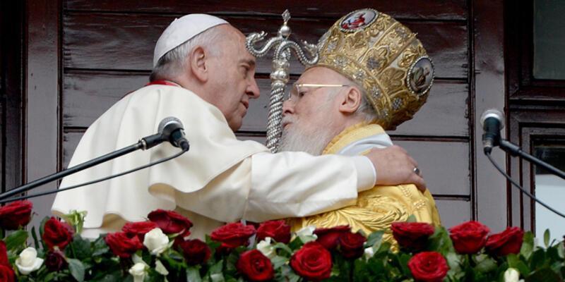 Papa Franciscus ve Patrik Bartholomeos'tan ortak deklarasyon