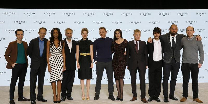 """James Bond'un en pahalı serisi """"Spectre"""" gün sayıyor!"""