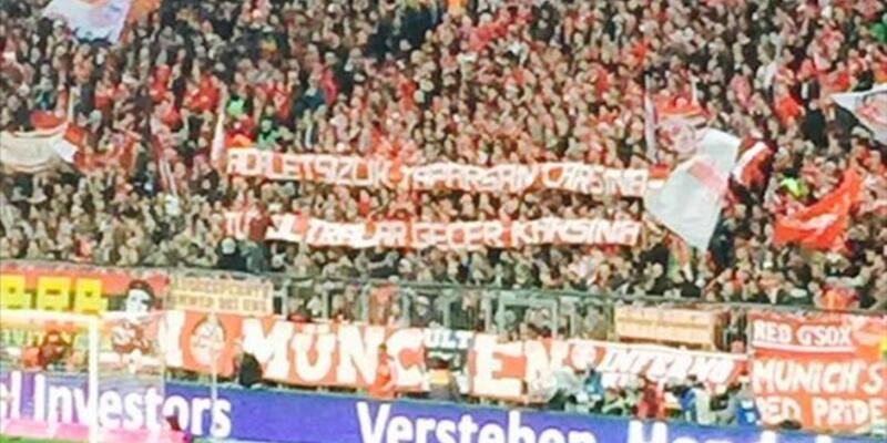 Bayern Münih taraftarından Çarşı'ya pankartlı destek