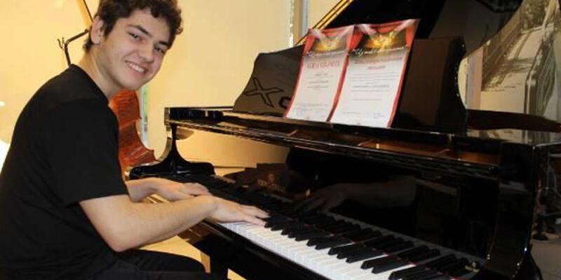 Suriyeli müzik dahisi Tambi Asaad artık Türk vatandaşı