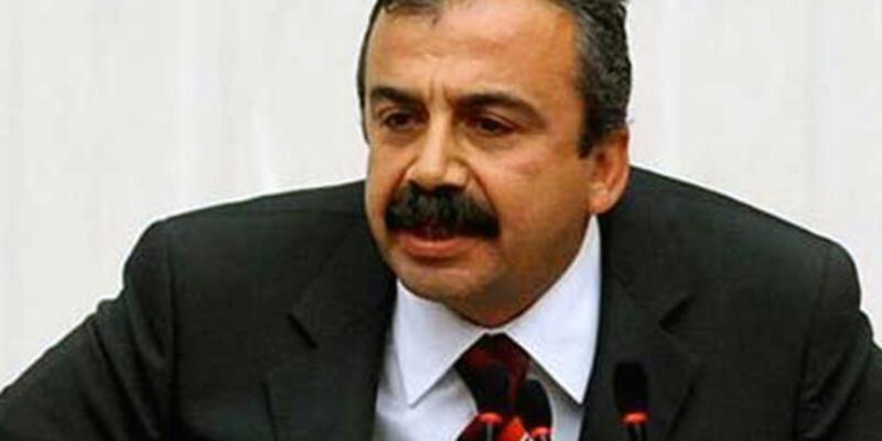 Sırrı Süreyya Önder: Demirtaş'ı yedirmeyiz