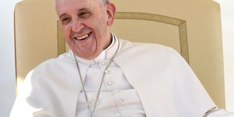 Papa Çin'den çekindi Dalay Lama'yı reddetti