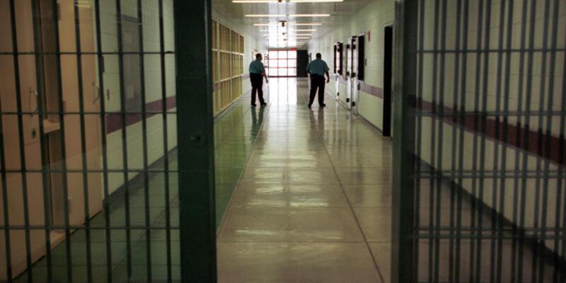 Siverek'te 35 infaz koruma memuruna terör soruşturması
