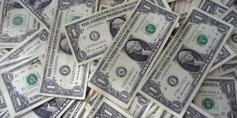 Dolar yeniden zirveye çıktı