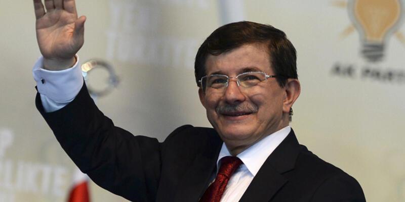 """Başbakan Davutoğlu: """"Kobani'ye selam ediyorum"""""""