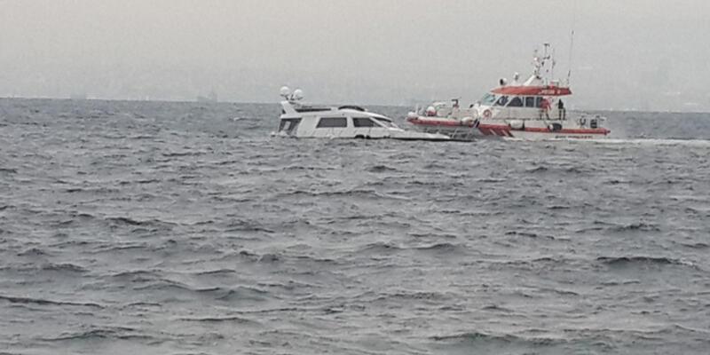 Marmara Denizi'nde tekne battı; 2 kişi kurtarıldı