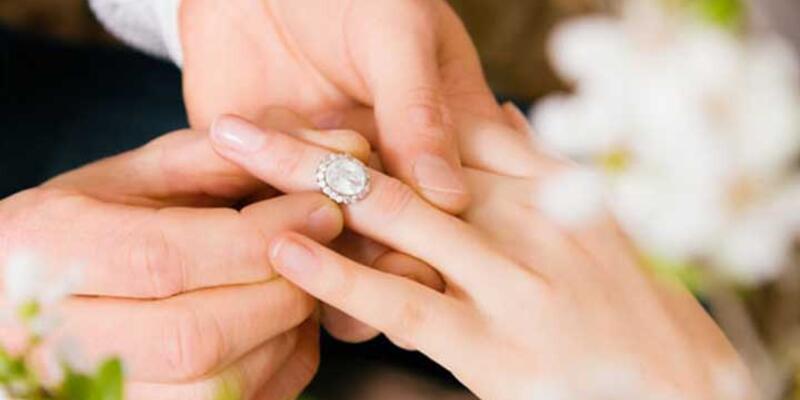 """Evlenmeden önce """"evlenme ehliyeti belgesi"""" alınacak"""