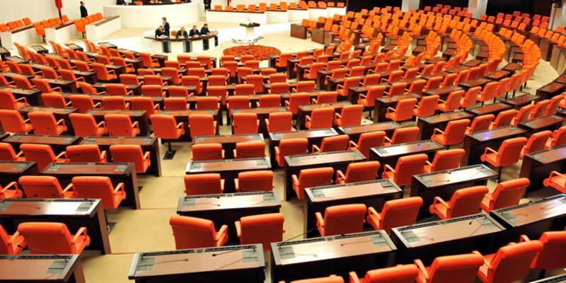 Milletvekili adaylığı için istifa yağmuru