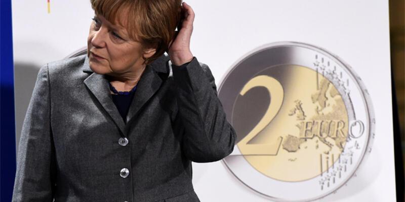 Avrupa'yı Almanya sırtladı