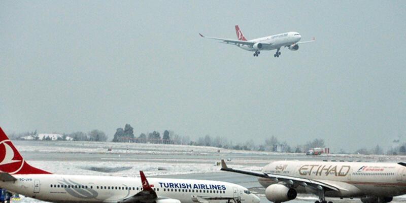 Atatürk Havalimanı'nda uçuşlar yeniden başladı